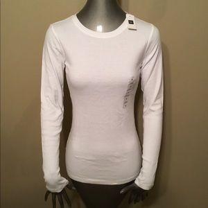 NWT Gap Favorite white crewneck tee t-shirts